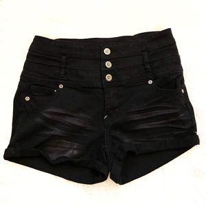 NWOT Black jean button up shorts!